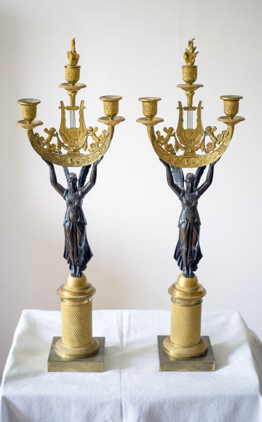 Paar bronzen kandelabers, Empire ca. 1810